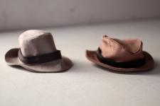13€/hat